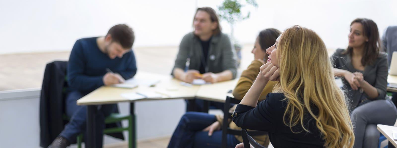 Adultes: Apprendre le Français à Montpellier, France