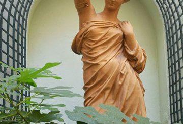 Statue du patio d'ILA