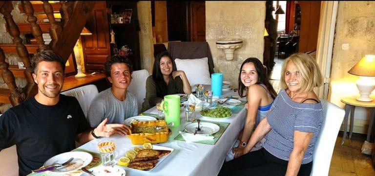 Warum ist ein Gastfamilienaufenthalt für eine Sprachreise nach Frankreich ratsam?