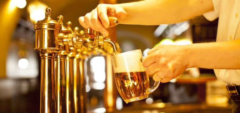 Nachtleben in Montpellier - Welche Bars ihr während eurer Sprachreise nach Montpellier unbedingt ausprobieren solltet